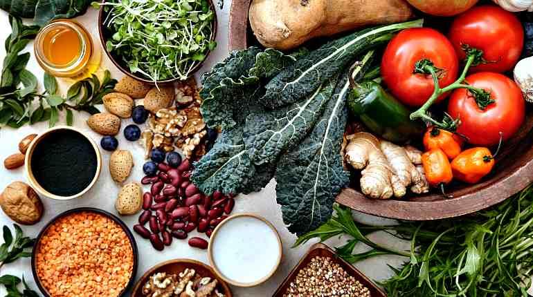 Овощи и травы в которых много железа