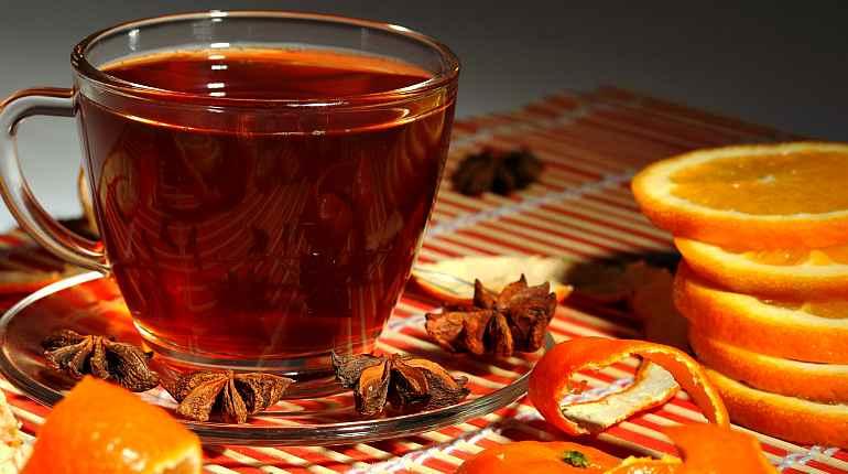 Чай с лимоном, корицей, апельсином