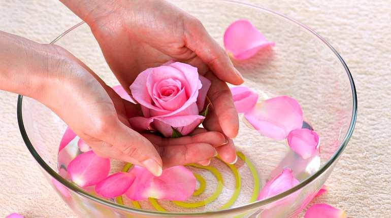 Приготовление отвара из лепестков роз