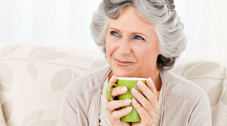 Здоровая пожилая женщина