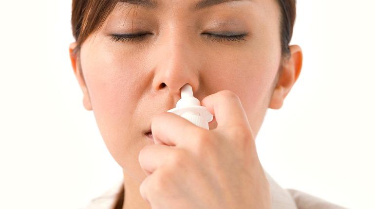 Как лечить насморк и заложенность носа травами в домашних условиях