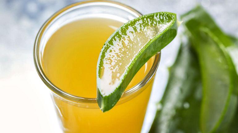 Мед и сок алоэ