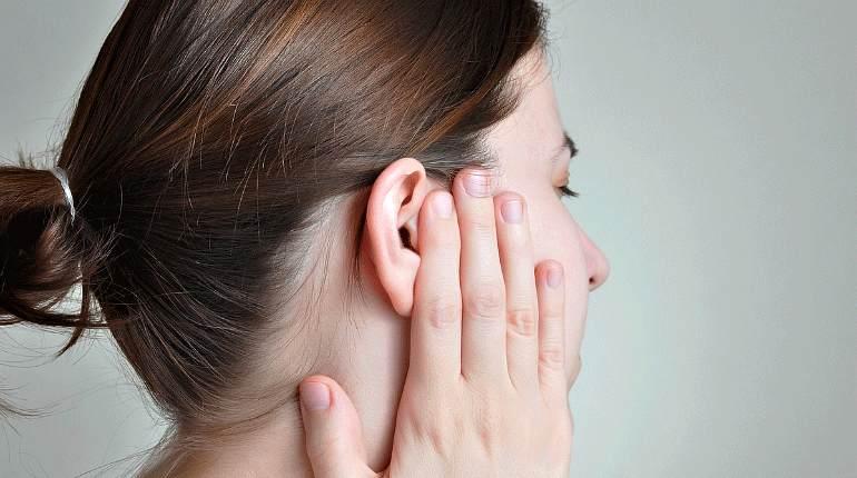 Мелкие серные пробки в ухе